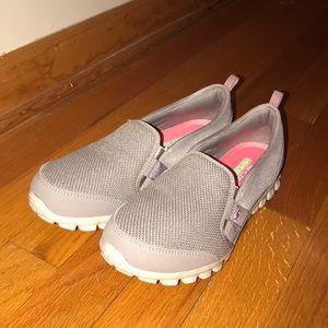 🆕Sketchers Flex Cushioned Slipon Shoe Memory Foam